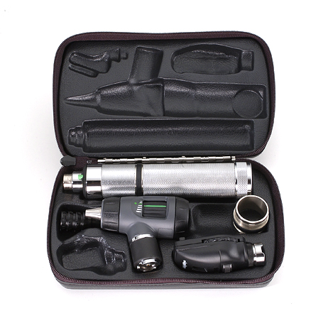 97100-MC: Diagnostic Set with Standard Ophthalmoscope, MacroView Otoscope with Throat Illuminator, Convertible Rechargeable Handle in Hard Case